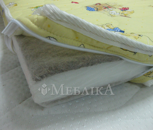 Чохол на дитячий матрац з бязі на замку-блискавці