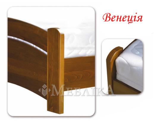 Двоспальне букове ліжко Венеція в класичному стилі