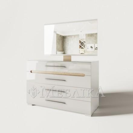 Недороге дзеркало Б'янко без рами в сучасному стилі