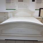 Вишукане ліжко Ніколь патина в різних варіаціях