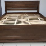 Ліжко з дерева Ліра зі стійким цілісним підніжжям
