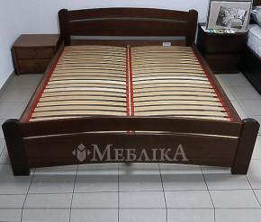 Двуспальная буковая кровать Венеция в классическом стиле