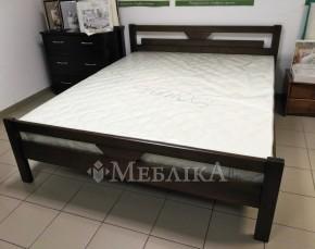Ліжко з дерева Доміно з геометричним акцентом