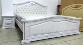 Двоспальне ліжко з вільхи Неаполь з м'яким узголів'ям: п'ять переваг